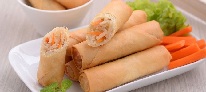 00142 Jumbo Vegetarian Spring Roll